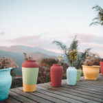As cores da paz: Vila das Cores, uma pousada com vista para as montanhas, em Lavras Novas