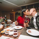 Dois anos de namoro: Um brinde ao melhor casal!
