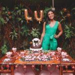 Niver Lu: Amigos, familiares, flamingos e mesa surpresa na comemoração dos seus 24 anos